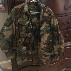Small army jacket zip hood- drawstring waist